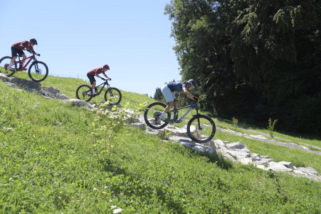 Testen von Thoemus Bikes auf den Swiss Bike Park. Rampenverkauf. Oberrider. Mountainbike.